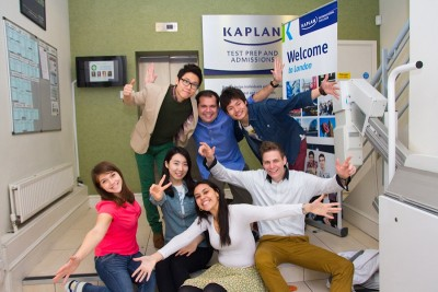 школа Kaplan Harvard Square Sale 20%