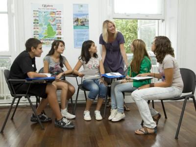 Англия, город Лондон, школа Frances King. Летняя программа для детей