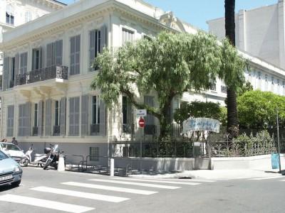 Франция, Ницца, школа Alpha-B